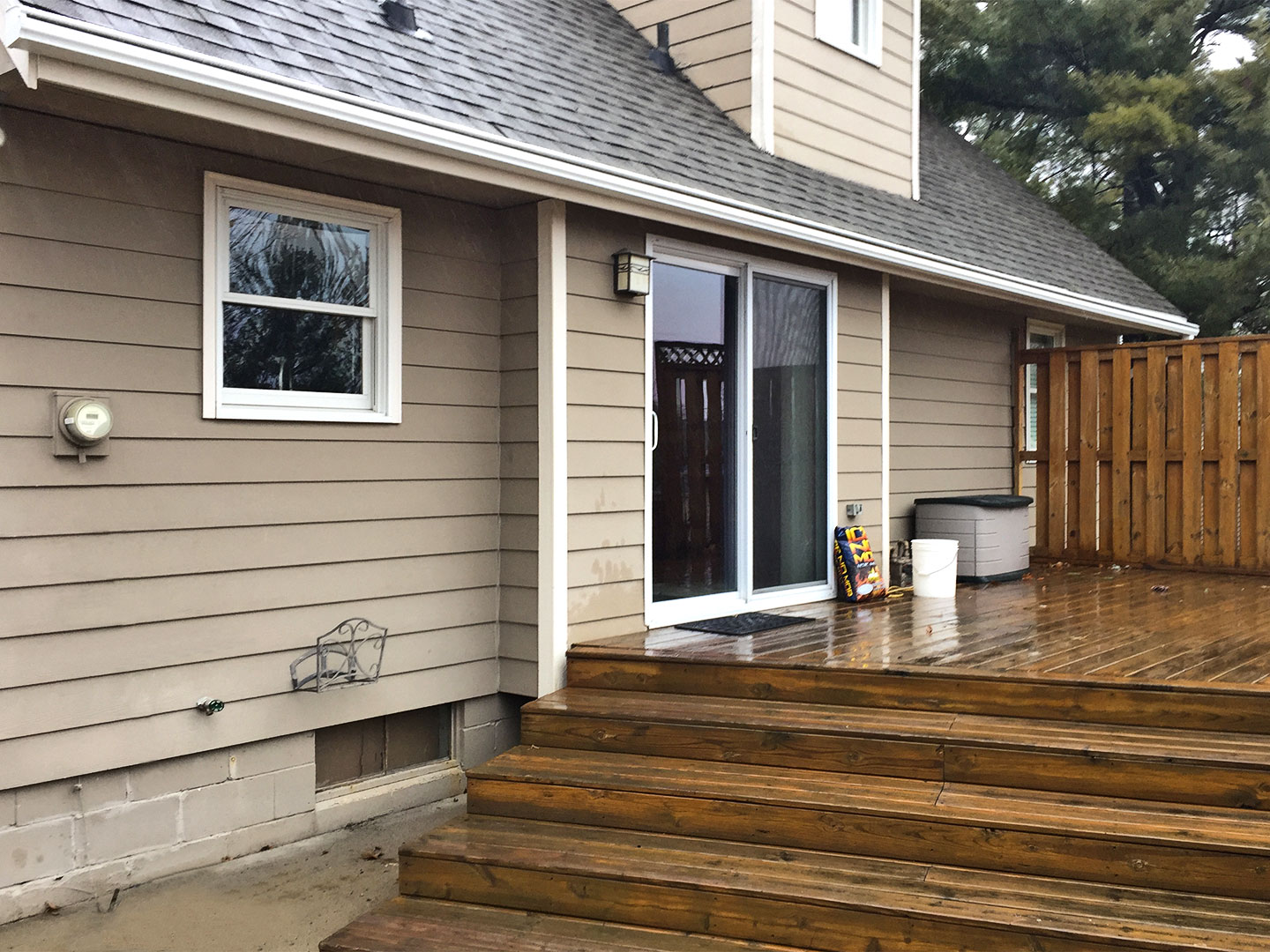 LeafGuard® is protecting the outdoor living space from heavy rainfall by guiding rainwater away from the Johnston home.