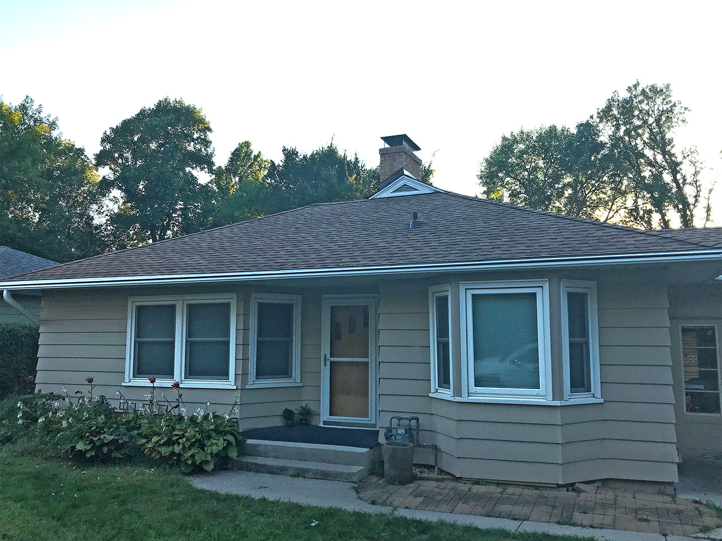 After the GAF® roofing and LeafGuard® gutter systems were installed on Michael and Carolyn's Nevada, Iowa home.
