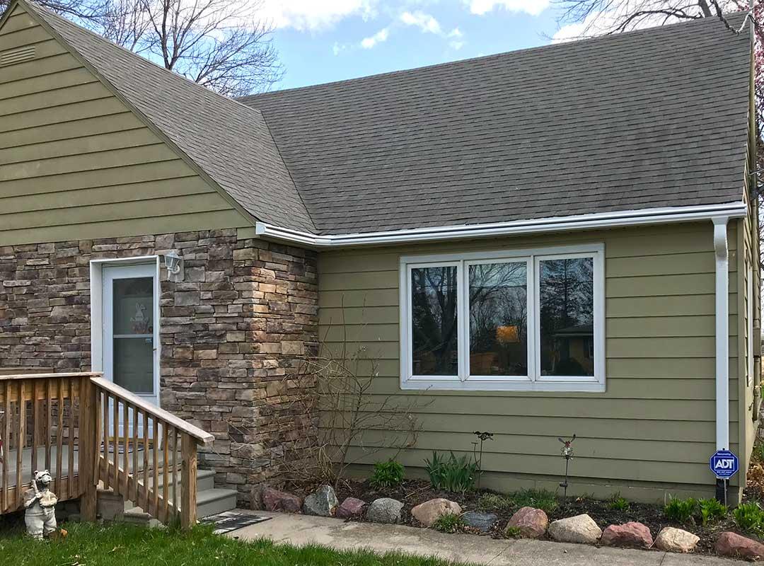 Roofing Contractors Johnston IA